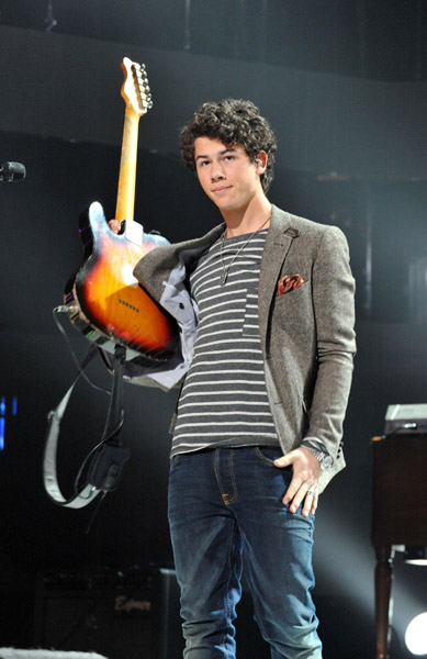 nick-jonas-the-administration-67332.jpg