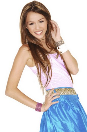 Miley Cyrus - Izzie