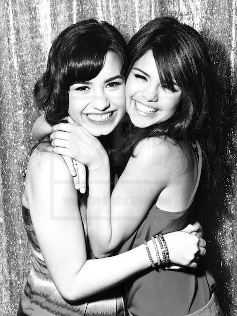 Selena Gomez & Demi Lovato