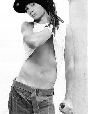 sexy tom!!:)