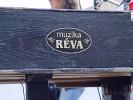 reva-219463.jpg