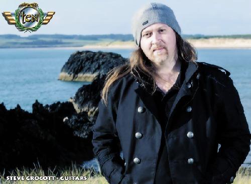 2014 - Steve Grocott (guitar)
