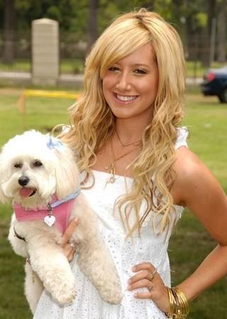 ashley-tisdale-1963.jpg