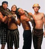 red-hot-chili-peppers-381832.jpg