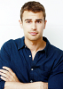 theo-james-567195.png