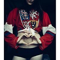 hockeygirl-1250283.jpg